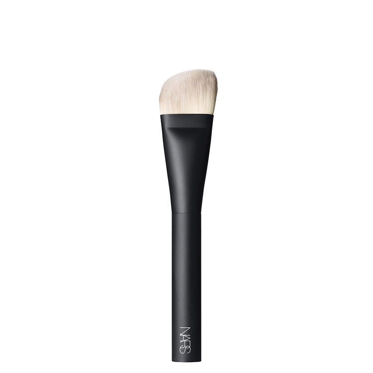 The Sculptor, NARS Pinceaux joues